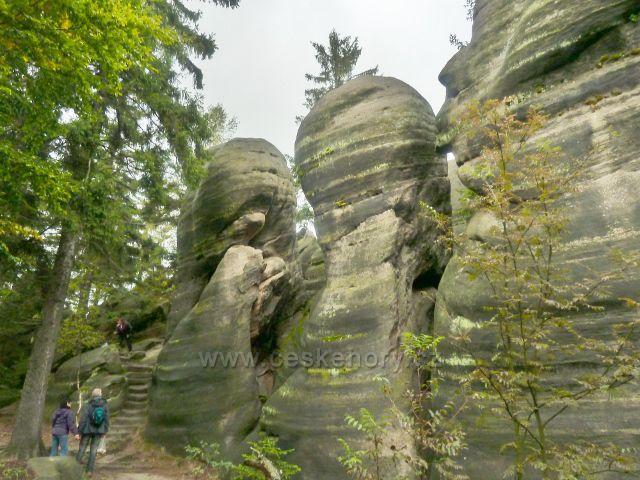 Polické stěny - skalní útvar Supí hnízdoé