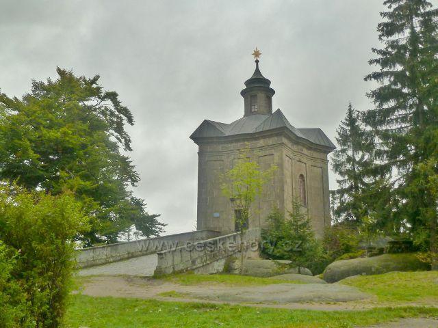 Polické stěny - kaple Panny Marie Sněžné na Hvězdě