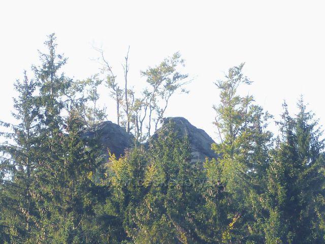 Nové Losiny - skalní útvar na vrchu Tři kameny, 907 m.n.m.