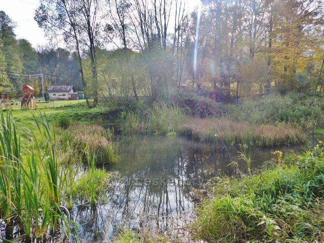 Vysoký Potok - rybníček u rozcestí pod mateřskou školkou