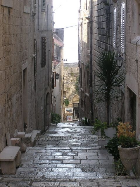 starobylé uličky mesta Korčula