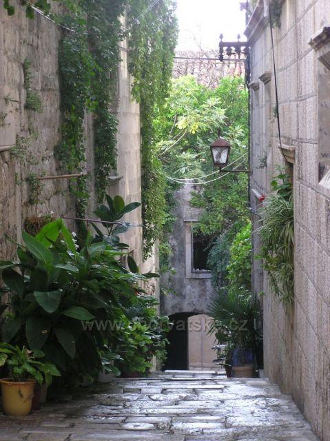starobylé uličky-mesto Korčula