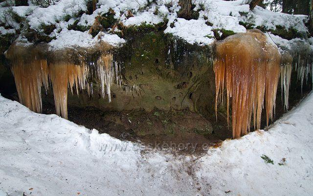 Ledopád Konírna u odbočky na Brtnický hrádek