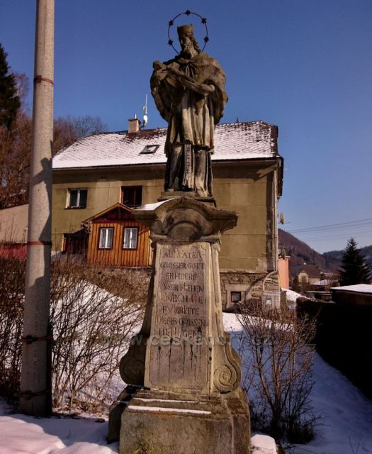 Hanušovice - socha sv. Jana Nepomuckého