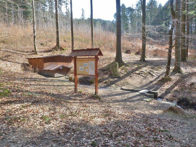 Dolní Dobrouč - areál pramene Vápenka