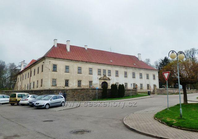Rokytnice v O.h. - zámek