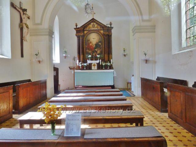 Podlesí - interiér kaple Nejsvětější Trojice