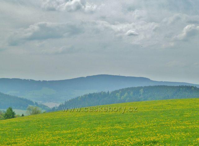 Horní Orlice - pohled z úbočí Valu k Suchému vrchu