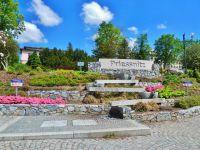 Lázně Jeseník - vodní kaskáda v parčíku pod Priessnitzovo sanatoriem