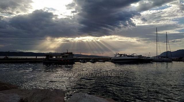 Baška Voda v podvečer