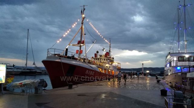 Baška voda - přístav