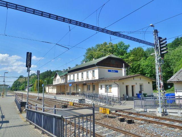 Bludov - hlavní budova železniční stanice