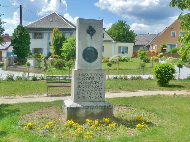 Bludov - památník místního rodáka malíře Adolfa Kašpara