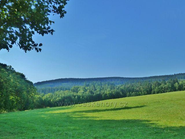 Lichkov - pohled k vrchu Bouda (845 m.n.m.)