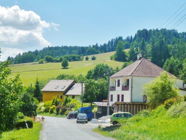 Hostice - pastviny nad obcí