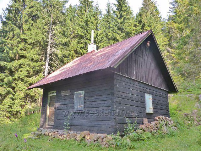 Zbojnická chata slouží převážně mysliveckým účelům