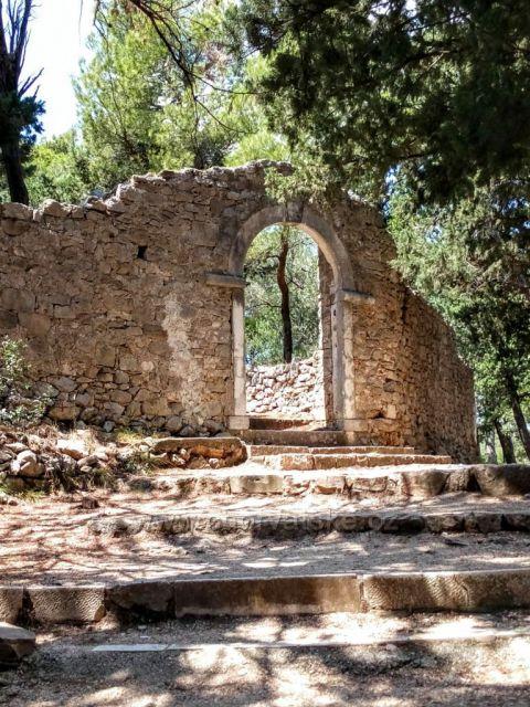 Makarska Z parku sv. Petra