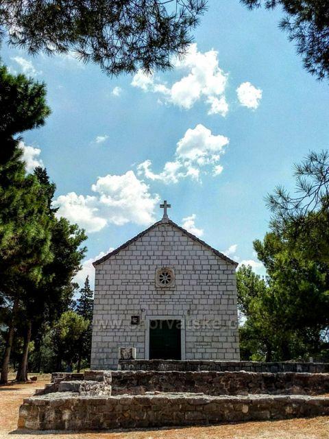 Makarska kostelík sv. Petra