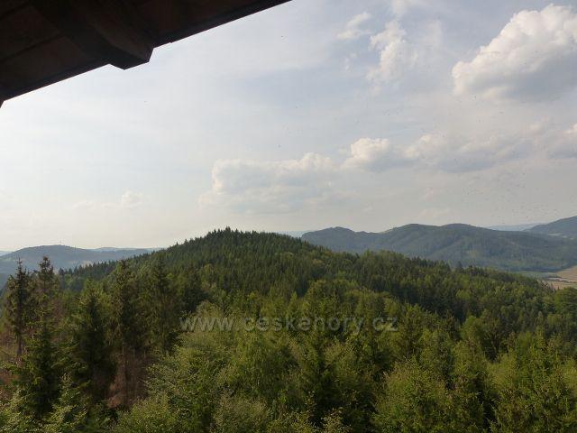 Rapotín - pohled z Bukovky na Bukový kopec(641 m.n.m.)