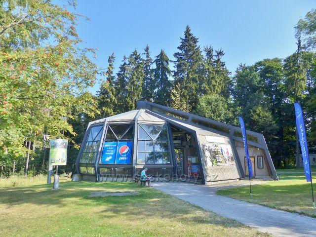 Mariánské Lázně - horní stanice lanovky k areálu Hotelu Krakonoš