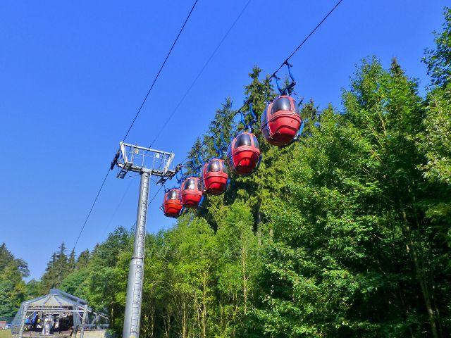 Mariánské Lázně - kabinková lanovka k areálu hotelu Krakonoš