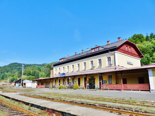 Bečov nad Teplou - nádraží ČD