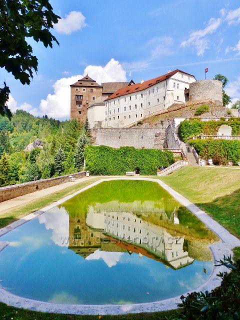 Bečov nad Teplou - hrad