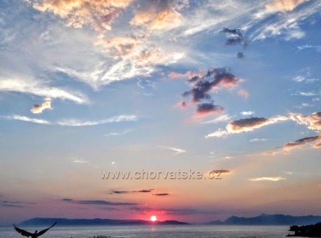 Západ slunce s rackem...