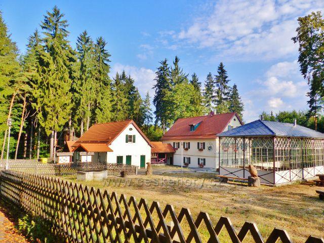 Karlovy Vary - lesní výletní restaurace Sv.Linhart