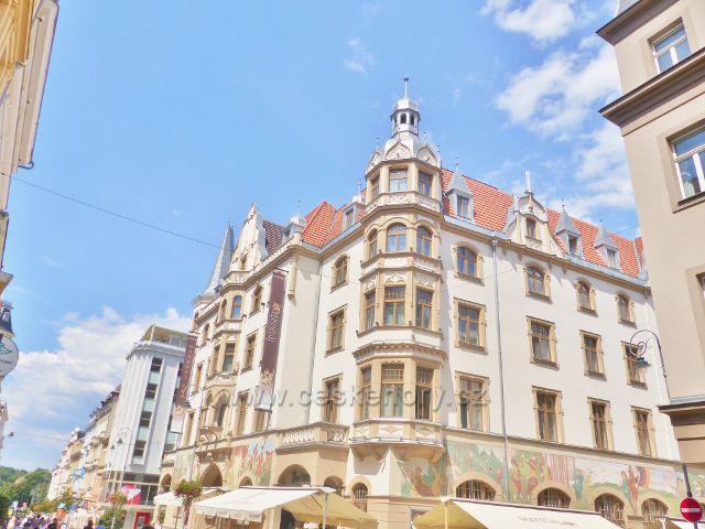 Karlovy Vary - Národní Dům, sídlo hotelu Ambasador
