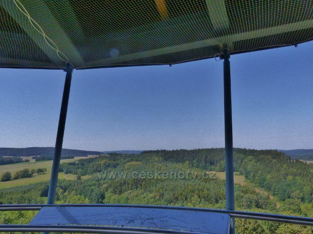 Tachov - pohled z rozhledny Vysoká směrem k vodní nádrži Lučina