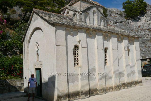 Omiš, kostel Sv. Petra  z 11. století