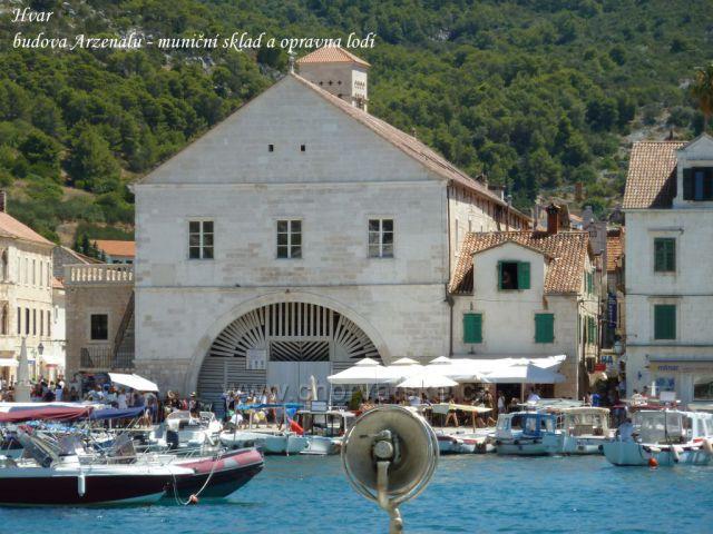 Hvar, budova Arzenalu ze 16.století, bývalý muniční sklad a opravna válečných lodí