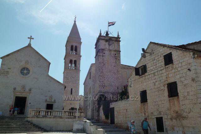 Supetar ostrov Brač kostel Sv.Petra