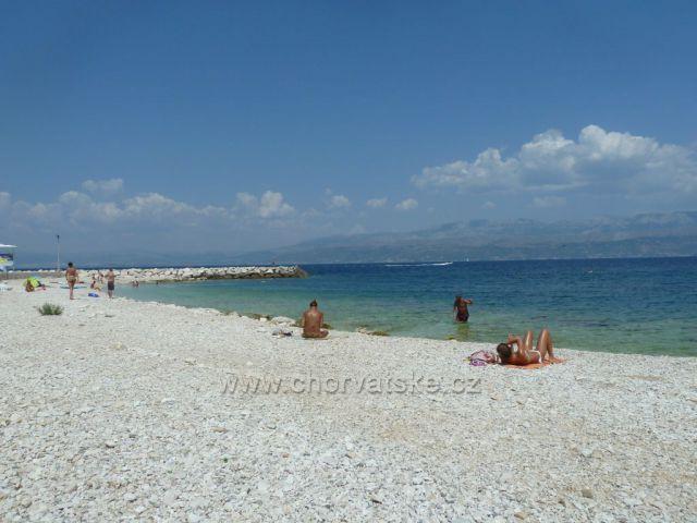 Supetar ostrov Brač pláž