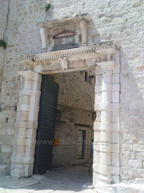 Trogir Jižní brána
