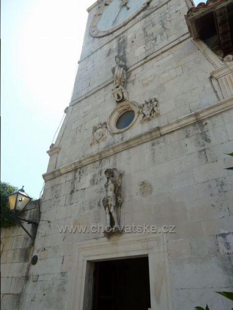 Trogir městská hodinová věž