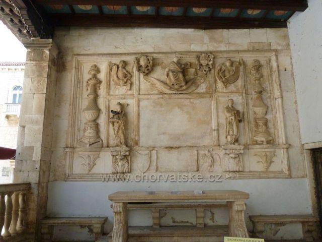 Gradska loža (soudní dvůr)