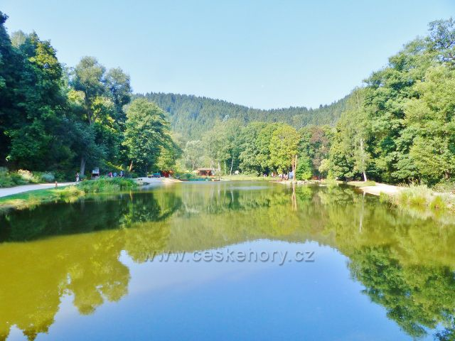 Bečovská botanická zahrada - rybník