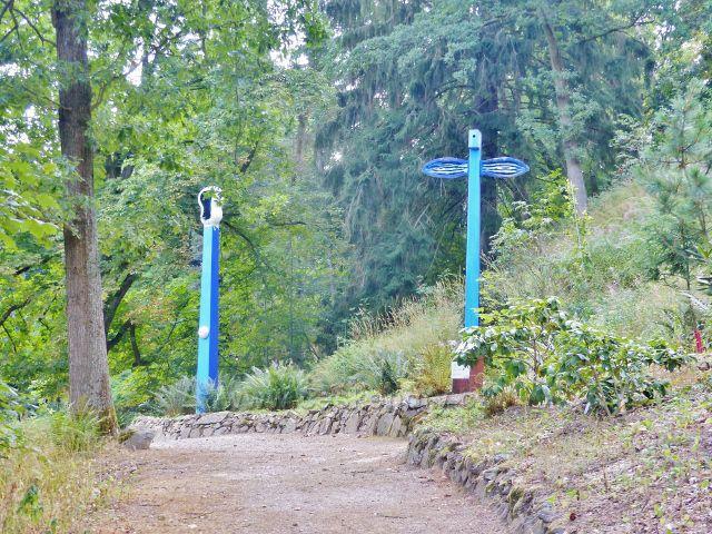 Bečovská botanická zahrada - nově upravená cesta