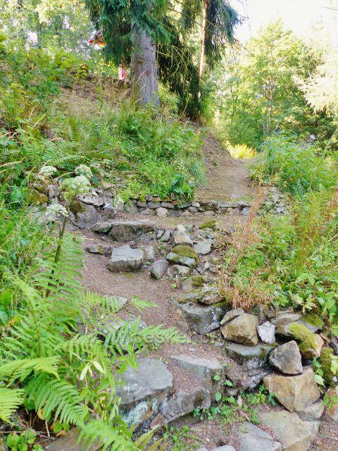 Bečovská botanická zahrada - obnovené původní stezky