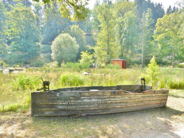 Bečovská botanická zahrada - u Korunního rybníku