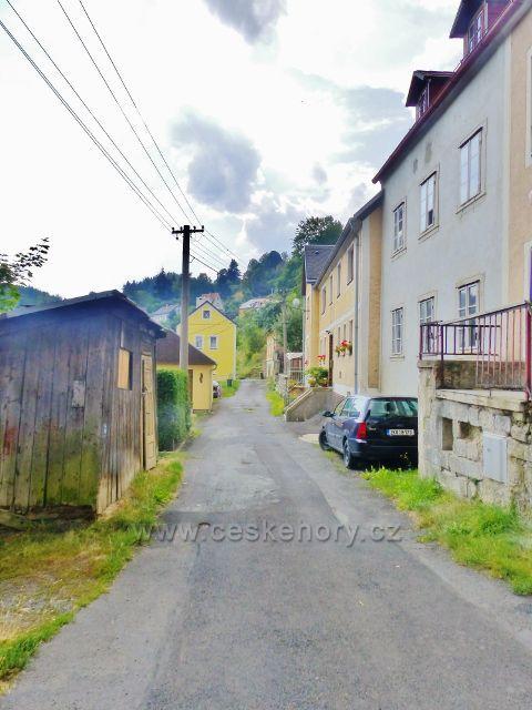 Bečov nad Teplou - Příčná ulice