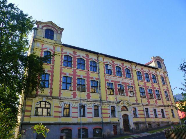 Aš - budova bývalé Střední průmyslové školy textilní