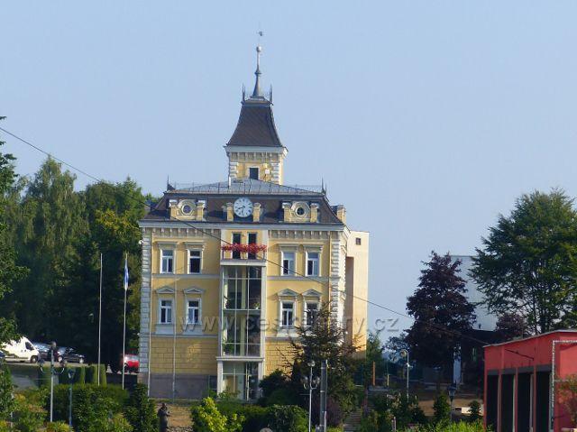 Aš - budova zrekonstruované radnice z roku 1733