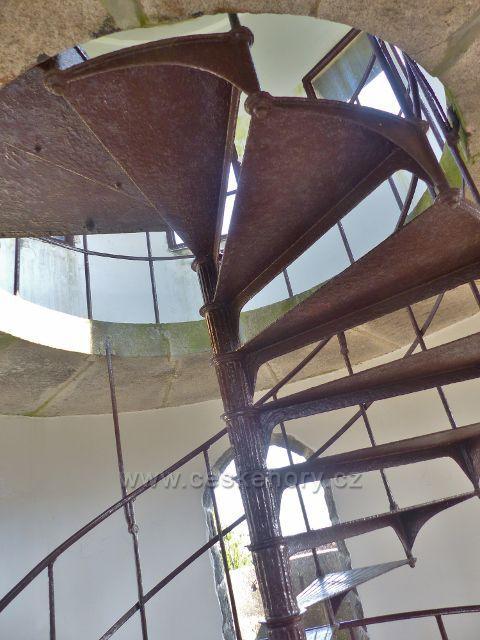 Aš - poslední část točitého schodiště rozhledny Háj je železná
