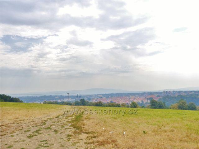 Cheb - Špitálský vrch (517 m.n.m.) nad městem
