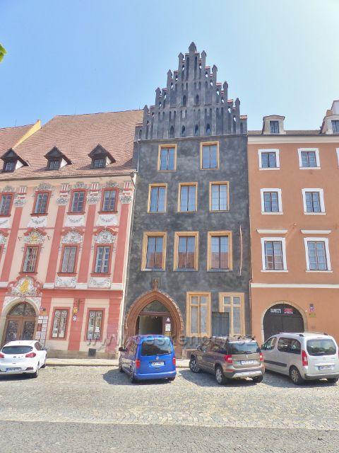 Cheb - Schirdingerovský dům na náměstí Krále Jiřího z Poděbrad