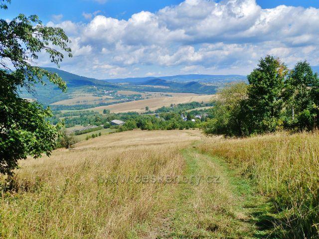 Podlesí - cesta po modré TZ ze Severomoravské chaty do Podlesí