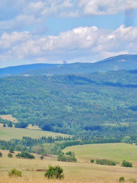 Podlesí - pohled na Stezku v oblacích nad Dolní Moravou